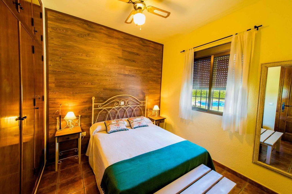 Dormitorio de matrimonio en Casa los Pedroches